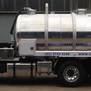 tanker-servicing